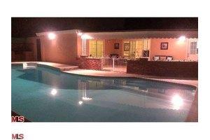 6119 Zelzah Ave, Encino, CA 91316