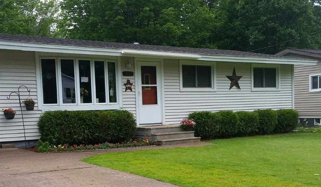 1809 gray st marquette mi 49855 home for sale and real estate listing