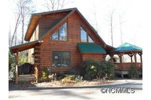 270 Ridgetop Cir, Whittier, NC 28789