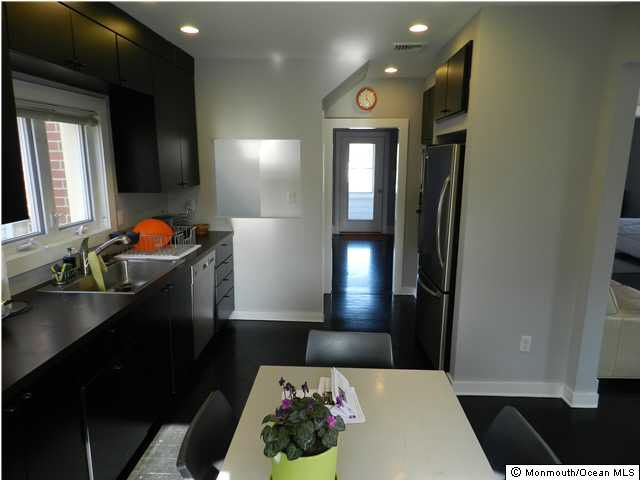 14 Madison Ave Red Bank Nj 07701 Realtor Com 174