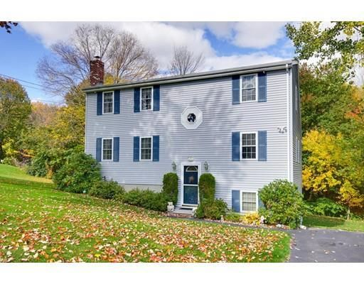 22 Jesse Rd, Dudley, MA 01571