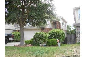 27 Rainy Ave, San Antonio, TX 78240