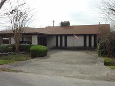 13831 Stoneshire St, Houston, TX 77037