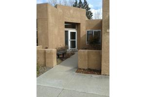 5908 Canyon Crest Pl NE, Albuquerque, NM 87111