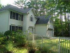 216 Beals Rd, Bedford, NH 03110