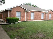 2749 Meadow Gate Ln, Dallas, TX 75237