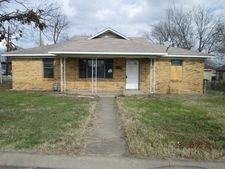 223 W Avenue H, Belton, TX 76513