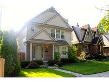 113 S Edgeworth Ave, Royal Oak, MI 48067