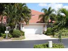 2137 Paget Cir, Naples, FL 34112