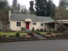 236 Jerome St, Silverton, OR 97381