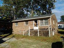 912 Baker Rd, High Point, NC 27263