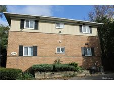 330 Oakland Ave Apt 203, Royal Oak, MI 48067
