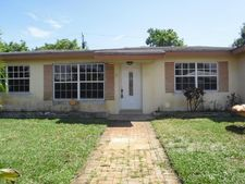 332 Nw 45th Ct, Oakland Park, FL 33309