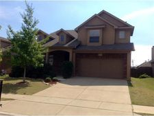 2620 Twinflower Dr, Fort Worth, TX 76244