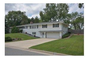 10120 Elliot Ave S, Bloomington, MN 55420