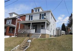 1215 California Ave, White Oak, PA 15131