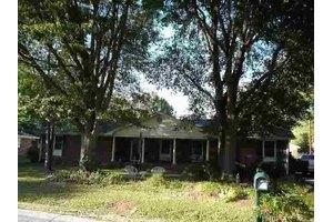 109 Fernwood Rd, Simpsonville, SC 29681
