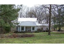 1280 Holden Dr, Unincorporated, TN 38068