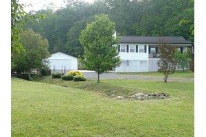 25 Winchester Woods Dr, Murphy, NC 28906