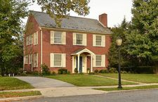 307 W College Ter, Frederick, MD 21701