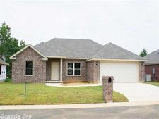 1612 Palm Springs Dr, Searcy, AR 72143