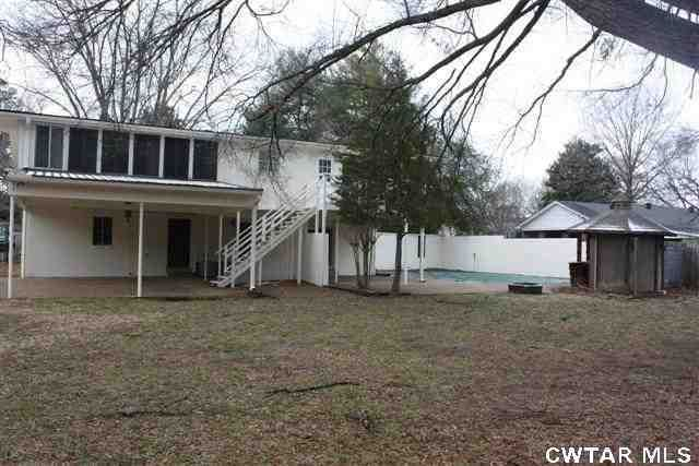 96 Chickering Rd, Jackson, TN 38305