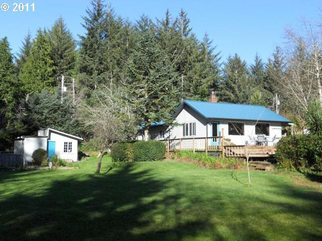 89946 Tunnel Point Ln, Coos Bay, OR