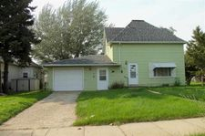 207 Nw 2nd Ave, Kenmare, ND 58746