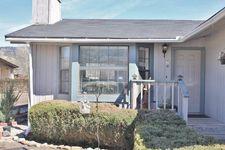 29921 Pinedale Dr, Tehachapi, CA 93561