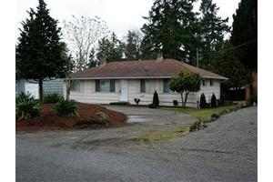 9222 Highland Ave SW, Lakewood, WA 98498