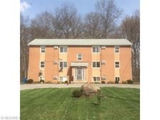 166 Kendall Ave Apt 5, Campbell, OH 44405