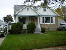 76 Wellworth Pl, Cheektowaga, NY 14225