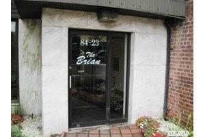 84-23 Manton St Unit 3E, Briarwood, NY 11435