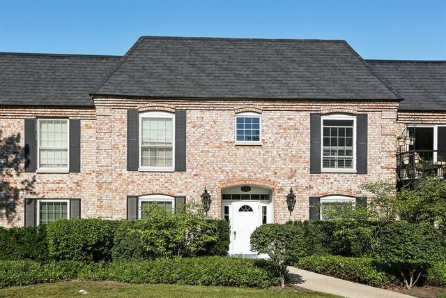 132 Carriage Way Dr Unit C105 Burr Ridge IL 60527 Home For Sale And Real