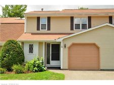 3 Juniper Pl, Rocky Hill, CT 06067