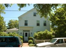 73 William St, Vineyard Haven, MA 02568