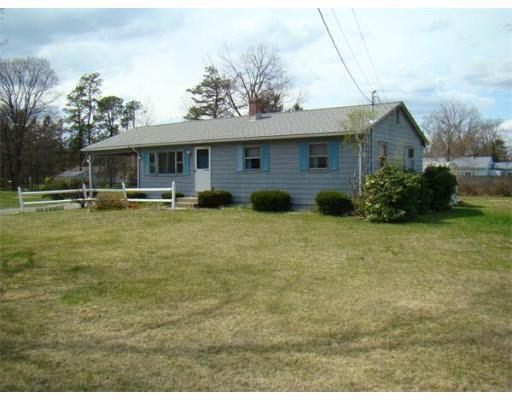 329 Apremont Hwy, Holyoke, MA 01040