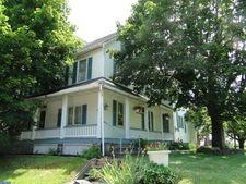 220 E Broad St, Trumbauersville, PA 18970