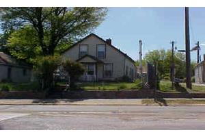 117 Walnut St, Yankton, SD 57078