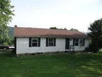 323 Round Top Rd, Franklin, NY 13775