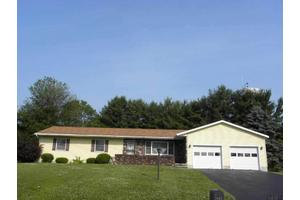 34 Linda Ln, Waterford, NY 12188
