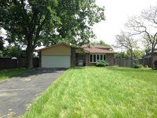 301 Blackstone Ave, Willow Springs, IL 60480