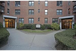 2 Windsor Ter Apt 2g, White Plains, NY 10601