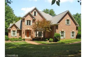 500 W Poplar Ridge Ct, Greensboro, NC 27455