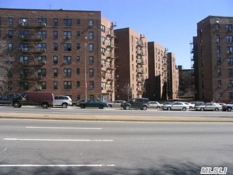 83-75 Woodhaven Blvd Unit 3D Woodhaven, NY 11421