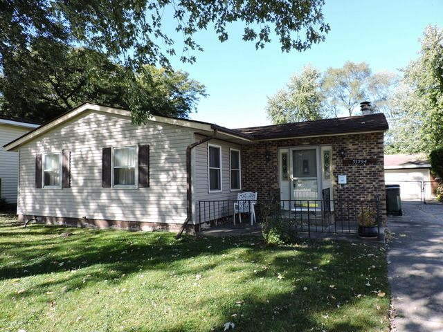 37294 N Grandwood Dr Gurnee Il 60031 Home For Sale And