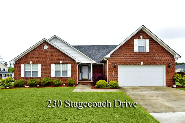 230 Stagecoach Dr, Jacksonville, NC 28546