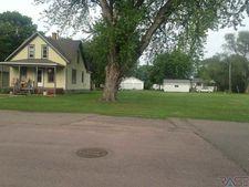 760 Montana St, Centerville, SD 57014