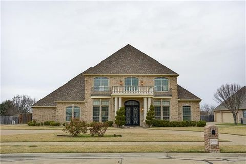 2002 Lakeridge Cir, Ennis, TX 75119