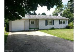 2375 Long Rd, Wooster, OH 44691